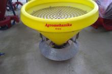 Agromehanika Разпръсквач за сол и пясък/Торачка