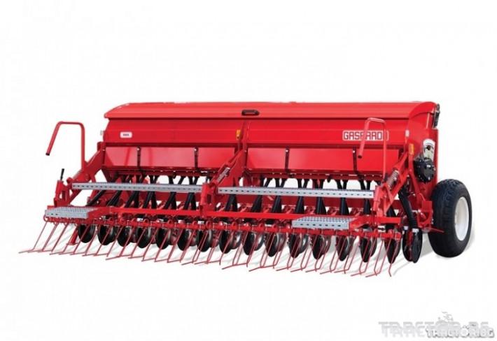Трактори New Holland TD100D + Gaspardo 2